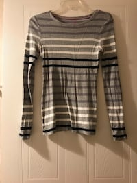 Old Navy Long Sleeve- Size: XS