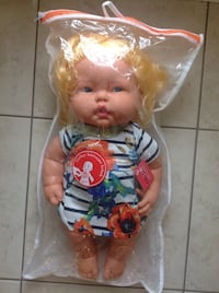 Brand new with Tag  in bag never been played with Big doll like real baby talking Turkish Hamilton, L8W