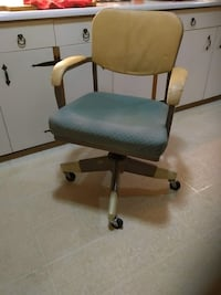 Commercial Office Chair Vaughan, L6A 2T2