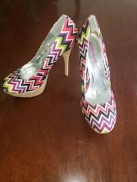 New Dollhouse Heels Size 8 1/2 Germantown, 20876