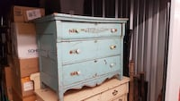 Vintage old distressed dresser.  Oakville, L6H 1X7
