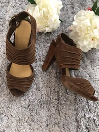 Tanned leather sandals size 38 Richmond Hill, L4S 0A8