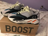 "YEEZY boost 700 ""wave runner""  Mississauga, L5M"