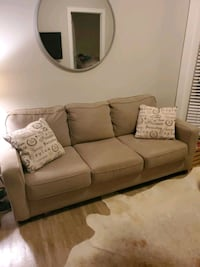 Couch Charlotte, 28202