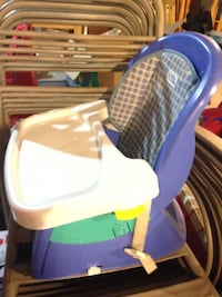 Fisher price feeding chair Richmond Hill, L4E