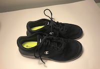 Pair of black champion running shoes Ames, 50010