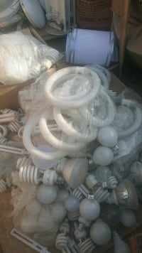 All kinds of light bulbs fluorescent tubes differe Bakersfield, 93307