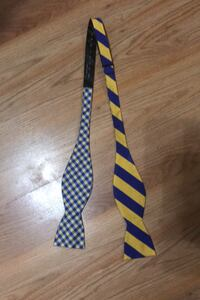 Two-patterned bow tie