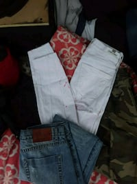 two blue and white denim jeans Round Rock, 78664
