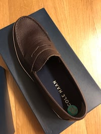 BRAND NEW size 12 brown leather Cole Haan loafers  New York, 11211