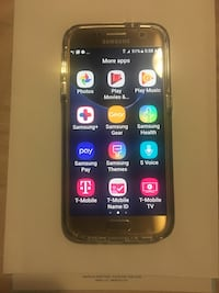Gold samsung galaxy s7 barely used with all the accessories and the box plus a protective cover  Vaughan, L4L 5T7