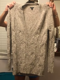Anne Taylor sweater size small Falls Church, 22044