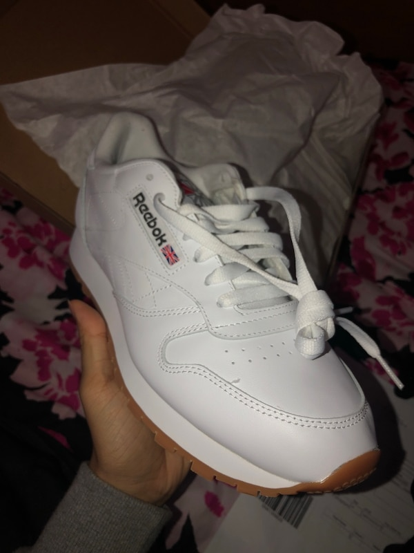 5a2ba0b2a42 Used Reebok Men s Classic Leather size8 with box for sale in San ...