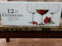 12pc red wine glasses New Orleans, 70122
