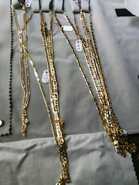 gold-colored chain necklace Omaha, 68117