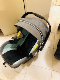 baby's black and gray car seat carrier Toronto, M1L 1L1