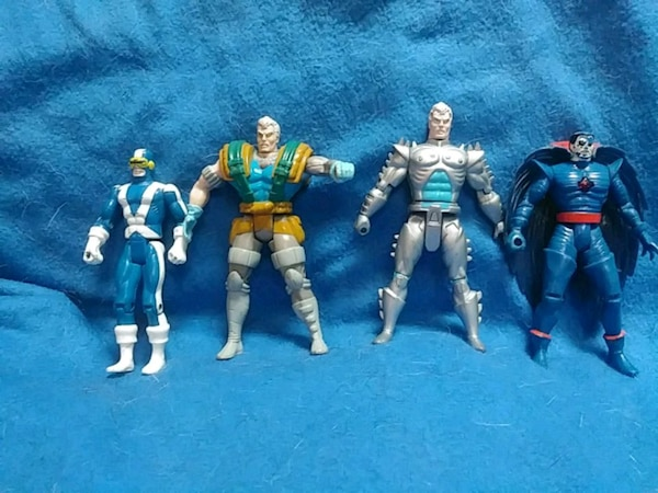 996669fbd1 Begagnad 4 Marvel action figures from the early 90s till salu i ...