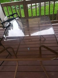 patio table Toronto, M1R 2J7