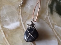 Very nice stone/wire beachy necklace Welland, L3C