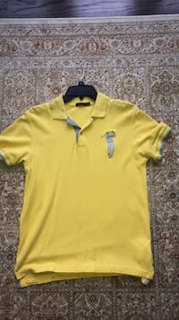 Polo t shirt size m  Richmond Hill, L4C 6H4