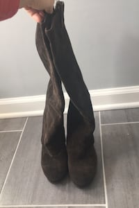 Tall brown suede boots 38.5 ( size 8)