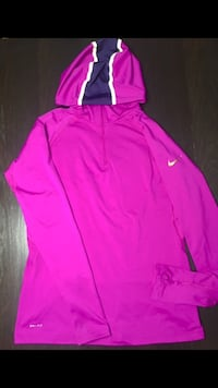 Nike pro combat compression women's pullover hoodie  Falls Church, 22041
