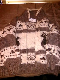 brown and white knitted sweater Edmonton, T5E 5N4