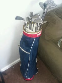 black and red golf bag with golf clubs Columbus, 43207