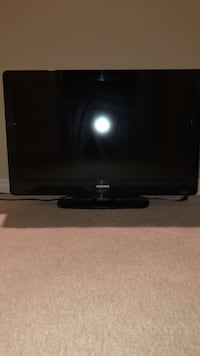 black flat screen TV with remote Thousand Oaks, 91320