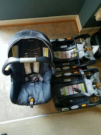 Graco carseat with two bases.  Woodbridge, 22191