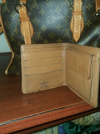 brown leather bifold wallet Ontario, M1L 1T4