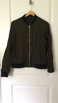 Zara jacket green olive one pocket in the arm size S Great Condition  Toronto, M5M 2K7