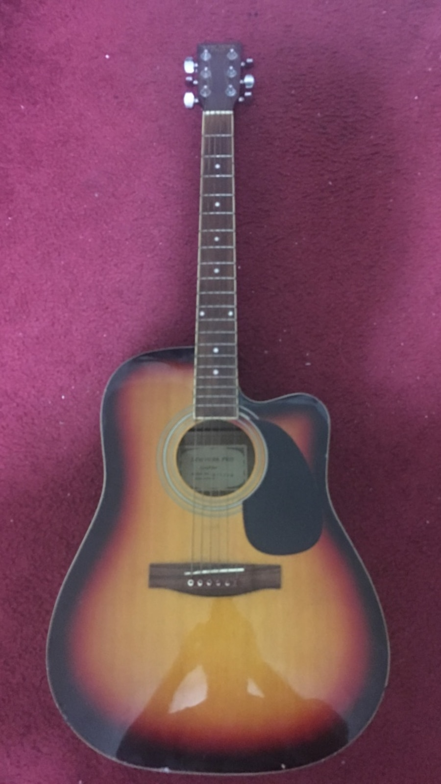 used new york pro acoustic guitar in new york. Black Bedroom Furniture Sets. Home Design Ideas