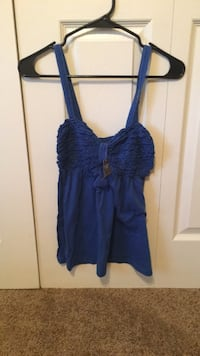 Women's brand new, Abercrombie and Fitch tank top size Small Pensacola, 32504