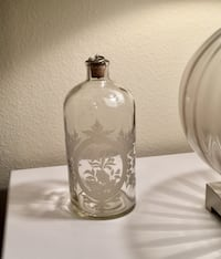 Vintage Apothecary Bottle  Herndon, 20171