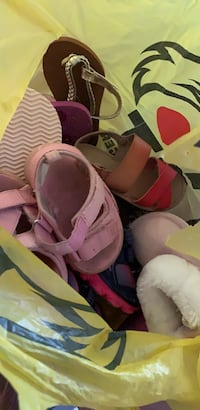 7 pairs of toddler girls shoes  Brampton, L6T 1S8