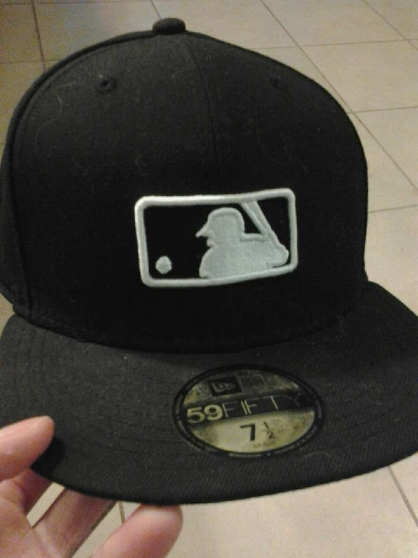 Used MLB New Era Fitted Hat for sale in Apple Valley - letgo a48788f7469