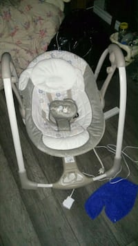 baby's ingenuity power adapt portable swing Edmonton, T5G 0W2