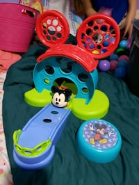 Disney Baby Go Grippers Mickey Mouse Bounce Around