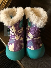 Brand new toddler boots size 6 Toronto, M6A