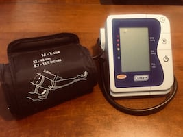 Automatic blood pressure and heart rate cuff