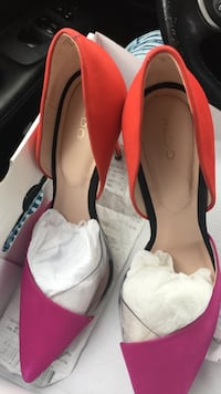 Pair of  red purple and clear size 8.5 Toronto, M1P 4P5