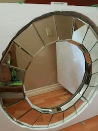 round bevelled edges multi mirror Burnaby, V3N 2G1