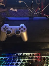 PS3 Super Slim 250GB with controller and 17 games 3734 km