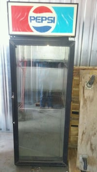 Pop cooler more then one n older ones make offer  Lethbridge, T1K