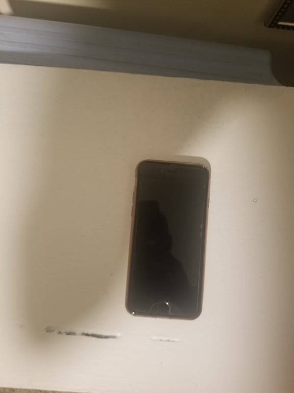 Iphone6 [unlocked to all carriers] 8760320c-a117-4dfd-aa6c-cd81aa9a02af