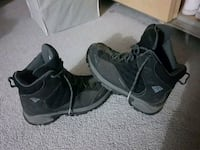 Size 11 mens waterproof Columbia boots 45 or best offer Calgary, T3J 3K6