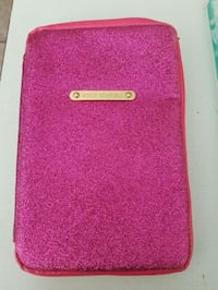Juicy Couture tablet case.  Whitby, L1N 8X2