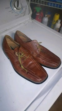 pair of brown leather boat shoes Chula Vista, 91911