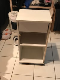 White one drawer open table Vaughan, L4L 9B1